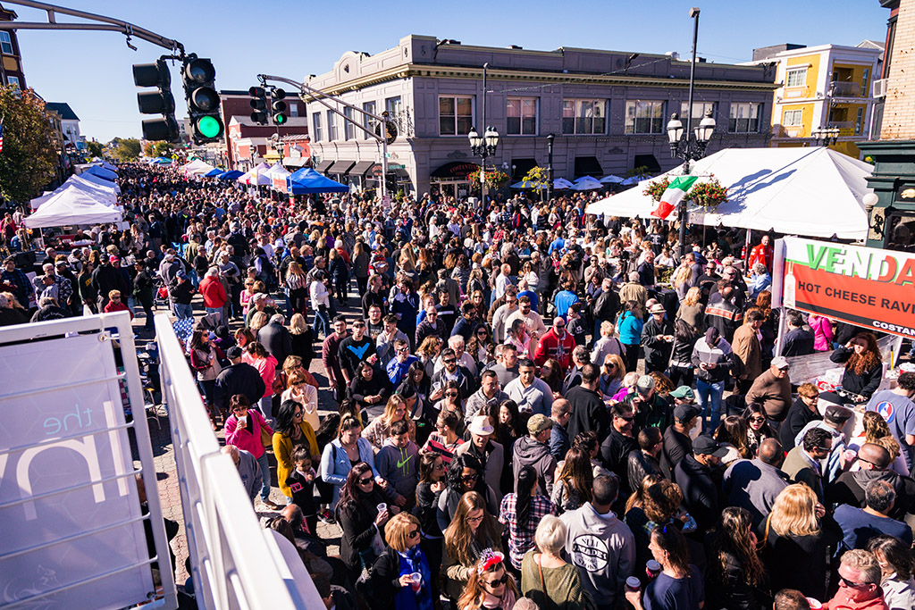 You are currently viewing 25th Anniversary Columbus Day Weekend Festival Photos